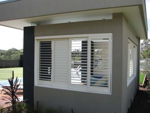 Bayside Privacy Screens designed these Pivoting Louvre Blade Shutters Sliding and bi folding