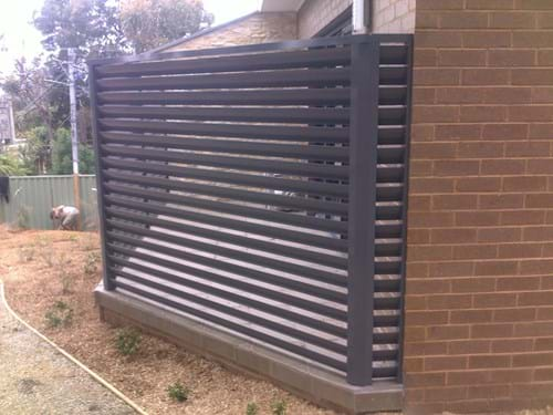 Bayside Privacy Screens most popular screens are the Louvre Blade Balcony Screen