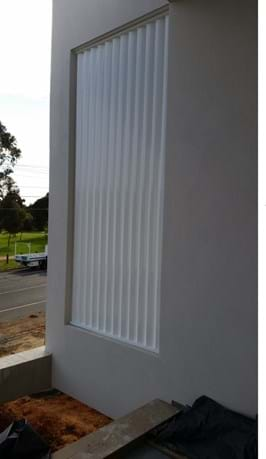 Bayside Privacy Screens offer installation of Vertical Aluminium window / Balcony Louvre Screens , servicing the Bayside area of Melbourne.