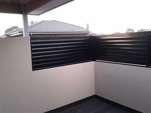 Pivoting Louvre Blade Shutter Panel Screen complete with aluminium aerofoil louvre blades