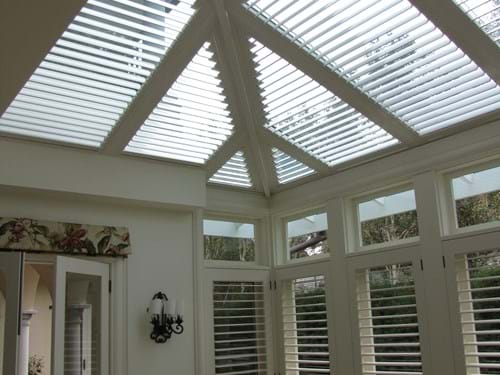 Atrium Louvre Blade Shutter Panel Screening allows you to let in the light and heat on a winter's day