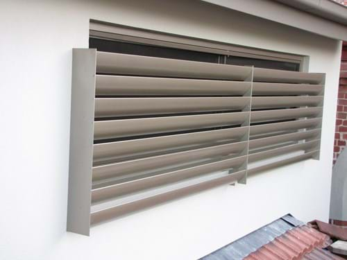 Louvre Blade Window Screens allow you easy cleaning of your windows