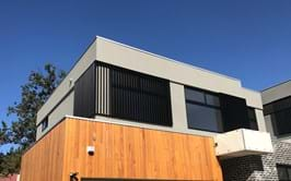 Bayside Privacy Screens offer installation of Vertical Aluminium window / Balcony Louvre Screens , servicing the Bayside area of Melbourne
